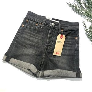 NWT Levi's Wedgie High Rise Shorts